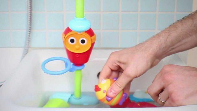 Vasca Da Bagno Per Neonati : Come pulire i giochi da bagno dei vostri bambini
