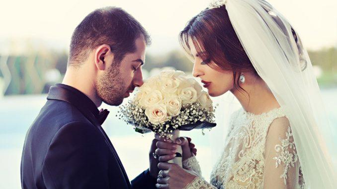 3 bride-1255520_1920
